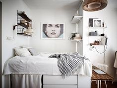 Elevated Bed to Gain Storage Space 1 Small Space Living, Small Spaces, Living Spaces, Declutter Bedroom, House Decoration Items, Elevated Bed, Studio Apartment Decorating, Tiny Apartments, Woman Bedroom