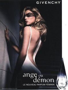 http://bazarperuonline.blogspot.com/2015/03/perfume-angel-o-demonio-de-givenchy.html Ange ou Démon (ángel ó demonio) el nuevo perfume para mujer de Givenchy es una creación cristalina y tempestuosa.