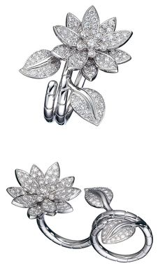 The Van Cleef & Arpels Between-The-Finger Lotus ring, in white gold and diamonds