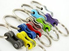 Bicycle keychain / Chain keyholder / recycled by felvarrom on Etsy