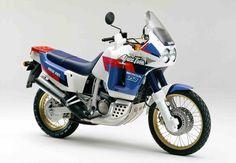Honda Africa Twin XRV 750 RD04