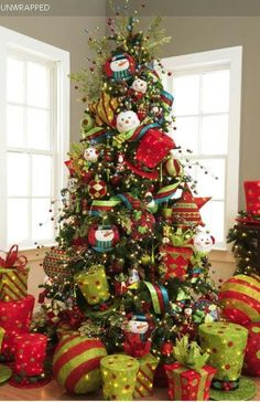 DecorActivando nuestro SURESTE con ELEMENTO MADERA, es ideal para potenciar la riqueza, y un poco de fuego (rojo) para activar el amor. Hermoso árbol para activar Amor y Riqueza.