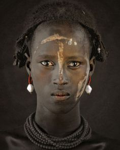 Dassanechs-3 Tribes Of The World, We Are The World, People Around The World, Famous Portrait Photographers, Famous Portraits, Eric Lafforgue, Steve Mccurry, Jimmy Nelson, Exposition Photo