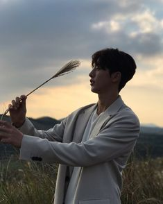 Siluet joo hyuk ah♡ Nam Joo Hyuk Smile, Nam Joo Hyuk Lee Sung Kyung, Nam Joo Hyuk Cute, Lee Jong Suk, Jong Hyuk, Nam Joo Hyuk Instagram, Asian Actors, Korean Actors, Nam Joo Hyuk Wallpaper