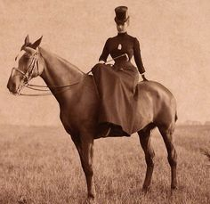 "tiny-librarian: "" Closeup of a photograph of Maria Feodorovna on horseback. Back Photos, Old Photos, Vintage Photographs, Vintage Photos, Empire, Maria Feodorovna, Riding Habit, Falling Kingdoms, Barrel Horse"