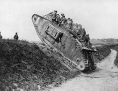 Tanque de guerra ingles en la 1° guerra mundial