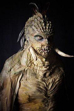 TV Recap: 'Face Off' Episode 606 - 'Cryptic Creatures' Face Off Makeup, Scary Makeup, Fx Makeup, Alien Makeup, Monster Makeup, Monster Mask, Aliens, Cool Monsters, Horror Monsters