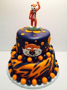 Auburn Aubie cake
