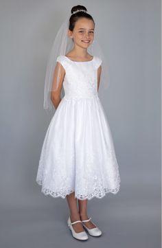vestidos de primera comunion con encaje