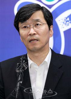 미디어오늘 : 괴상망측한 판결, 곽노현은 한국판 드레퓌스가 됐다