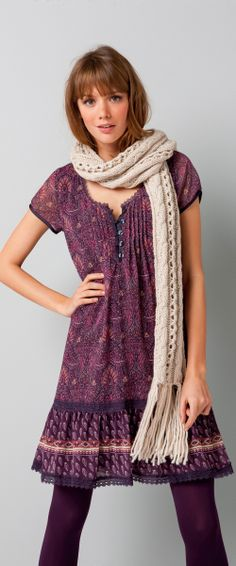 Don't Know Her Size? 9 Different Types of Scarves - (article) http://boomerinas.com/2013/12/01/dont-know-her-size-buy-her-a-scarf-9-different-types-of-scarves/