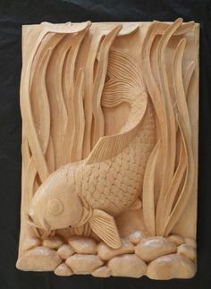 New wood carving art clay Ideas Fish Wood Carving, Wood Carving Faces, Dremel Wood Carving, Wood Carving Designs, Wood Carving Patterns, Wood Patterns, Wooden Art, Wood Wall Art, Wood Sculpture