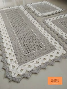 Crochet Table Mat, Crochet Table Runner Pattern, Crochet Carpet, Knit Crochet, Pooling Crochet, Crochet Borders, Table Runners, Shabby, Arts And Crafts