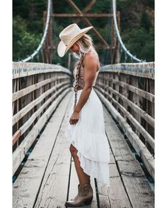 Lucchese (@lucchese) • Instagram photos and videos Women's Booties, Short Boots, White Dress, Booty, Photo And Video, Videos, Photos, Instagram, Dresses