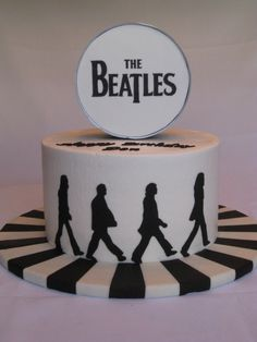 Abbey Road...Tammy, I hope you see this cake!!! =)