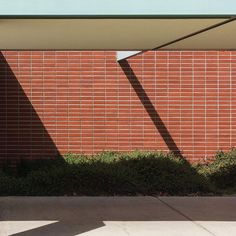 """Math Wing, Costa Mesa"" (detail) 2016. Memory In Forms, Neutra Gallery . . . #MEMORYINFORMS #costamesa #occ #richardneutra #neutra #architecture #modernism #midcentury #1962 #architectureporn #architecturelovers #architectures #ic_architecture #arquitectura #architettura #neutrainstitutemuseumandgallery"
