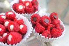 Chocolate chip stuffed raspberries - so easy and yummy, eating these asap!