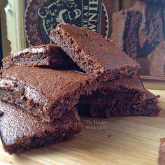 Double Chocolate Kodiak Cakes Kodiak Cake Muffins, Kodiak Pancakes, Paleo Pancakes, Weight Watchers Brownies, Weight Watchers Meals, Healthy Baking, Healthy Desserts, Protein Deserts, Protein Recipes