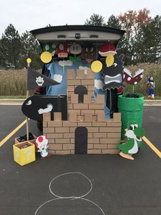 Super Mario Brothers trunk or treat Super Mario Bros, Super Mario Birthday, Mario Birthday Party, Super Mario Party, Halloween Camping, Family Halloween, Halloween Decorations, Halloween Party, Mario Bros.