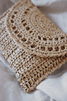 Crochet Clutch Pattern, Clutch Bag Pattern, Crochet Clutch Bags, Crochet Purses, Clutch Purse, Crochet Bags, Macrame Patterns, Easy Crochet Patterns, Simple Crochet