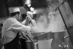 Affidatevi alle mani dei nostri chef che lavorano con passione per stupire il vostro palato, unendo sperimentazione e tradizionali ingredienti di qualità. Contattateci per un appuntamento su www.villacarafa.com e progettate il menù del vostro grande giorno.  #villacarafa #cucina #working #food #passion #chef #relax #love #wedding #wedding2017 #ilovevillacarafa #seguiilcuore #weddingday #luxury #luxurywedding #puglia #apulia #weddinglocation #weareinpuglia #mariage #instalove…