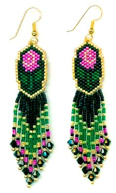 free pattern - change colors and it might make great peacock earrings