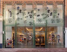 156 Best Focus on: Shop fronts images in 2018 | Shop windows