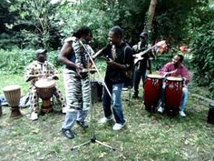 Congo traditional music - Traditionelle Folklore aus dem Kongo - YouTube