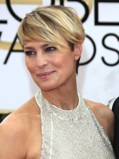 http://cdn.blogs.sheknows.com/celebsalon.sheknows.com/2014/01/Robin-Wright-short-hair.jpg