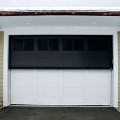 Attirant DuraScreenu0027s Motorized Retractable Screen Systems Are The Best Choice For  Turning Patios, Porches, Garages