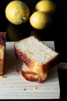Lemon, honey and coconut oil cake (gluten and lactose free) http://blogs.cotemaison.fr/cuisine-en-scene/2014/01/16/cak-au-citron-huile-de-coco/#more-11222