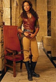 Firefly - Gina Torres as Zoe Washburne Gina Torres, Firefly Costume, Firefly Cosplay, Joss Whedon, Firefly Series, Firefly Cast, Tv Series, V Model, Star Wars