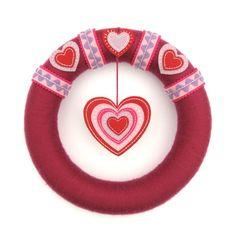 Valentine's Heart Wreath tutorial by Laura Howard