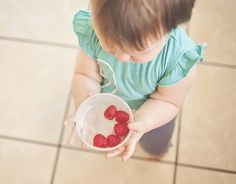 Toddlers are notorious at being picky pants when it comes to food. One minute they're wolfing down the spag bol you lovingly cooked, the next they've tipped the bowl upside down on their head and are eyeing the remains suspiciously. At this stage it's sometimes hard to know exactly how much your tiny terror has