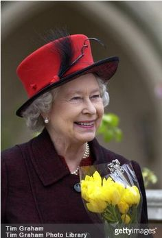 Queen Elizabeth, April 20, 2003 | Royal Hats