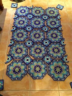 Crochet Afghans Patterns Ravelry: Project Gallery for Persian Tile Blanket pattern by Jane Crowfoot - Crochet Afghans, Crochet Motifs, Crochet Quilt, Crochet Squares, Afghan Crochet Patterns, Crochet Granny, Crochet Stitches, Knitting Patterns, Granny Squares