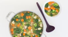 The healthiest ingredients possible with lots of veggies and soothing tea all in one pot. Perfectly balance your plate: Serve with (or add to soup) 1 serving protein and 2 servings grain/starch. Marmite, Epicure Recipes, Diet Recipes, Healthy Recipes, Soup Recipes, Healthy Detox Soup, Tupperware Recipes, Eating Light, Food Combining