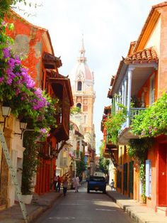 Enchanting Side Streets Around the World Calle de Cartagena, ColombiaCalle de Cartagena, Colombia Places Around The World, Oh The Places You'll Go, Places To Travel, Places To Visit, Around The Worlds, Beautiful World, Beautiful Places, Magic Places, Les Continents