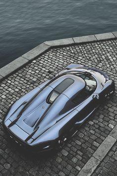 Koenigsegg Regera   Azearr