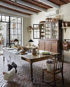 Rustic country kitchens - 34 Awesome Old Farmhouse Design Ideas To Get Classic Scheme – Rustic country kitchens Rustic Kitchen Tables, Kitchen Table Bench, Rustic Country Kitchens, Dining Table, Brick Flooring, Kitchen Flooring, Brick Floor Kitchen, Flooring Ideas, Laminate Flooring