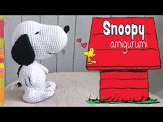 Today we are going to learn a very beautiful crochet technique that will guarantee your success in making these lovely baby snoopy amigurumi. There's nothing cuter than a baby snoopy dog, especially while you carry in the palm of your hand. Baby Snoopy, Yarn Projects, Crochet Projects, Crochet Yarn, Crochet Toys, Snoopy Amigurumi, Amigurumi Patterns, Crochet Patterns, Yarn Animals