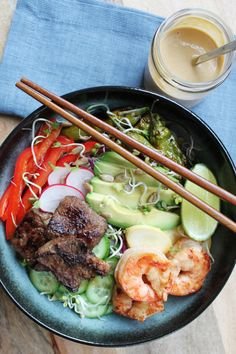 Get this delicious recipe for Prawn & Shortrib Noodle Bowl with Peanut-Ginger Sauce from Chef Ronnie Woo. Fun Easy Recipes, Easy Meals, Healthy Recipes, Ginger Sauce, Good Food, Yummy Food, Private Chef, Noodle Bowls, Prawn