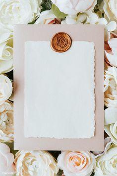 Flower Background Wallpaper, Framed Wallpaper, Flower Backgrounds, Iphone Wallpaper, Mises En Page Design Graphique, Instagram Frame Template, Instagram Background, Collage Template, Deco Floral