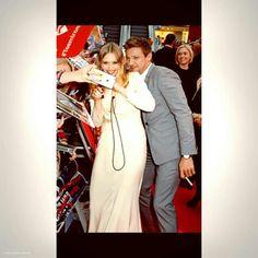 Jeremy Renner & Elizabeth Olsen