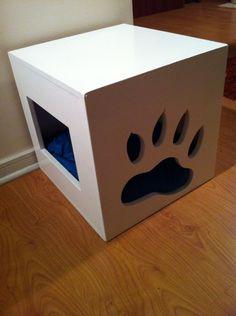 Caja para gatitos o perritos chicos con entrada y diseño