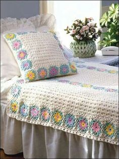 Wildflowers coverlet and pillow covers