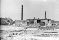 Bloemerstraat-Regulierstraat Koekfabriek van Ooyen, gezien vanaf de Bloemerstraat.