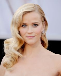 Reese Witherspoon's old Hollywood curls. via StyleList