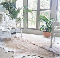 How dreamy is this space? Definitely on my wish list for the new house #sunroom . : @gardenanddream . . . . .  #flowers #pin #searchwander #livefolk #pressedflowers #homedecor #handcrafted #handmade #pursuepretty #thatsdarling #natureinthehome #madewithlove #madeincanada #handmadeincanada #cottagestyle #apartmenttherapy #homedetails #homedecor #homestyling #behomefree #myhomevibe #homelife #lifeathome #homestyle #nestandflourish #thehappynow #aquietstyle #stilllifeisreallife…