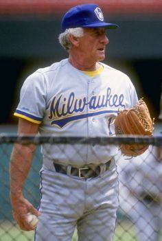 A 55 year old Bob Uecker in a Brewers uniform. While Uecker never played for the Brewers, it's safe to say that he will go down as a member of the Brew-Crew for eternity. Baseball Pictures, Baseball Stuff, Baseball Cards, Milwaukee Brewers, Sports Stars, Baseball Players, Chicago Cubs, Mens Tops, Athletes